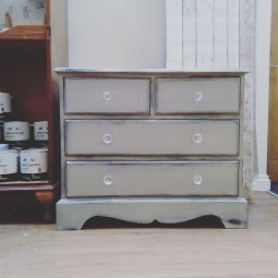 bevs-chest-of-drawers